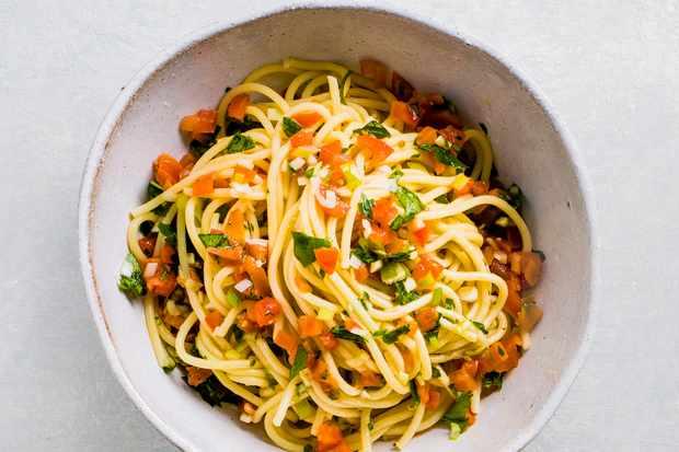 Fresh tomato spaghetti recipe