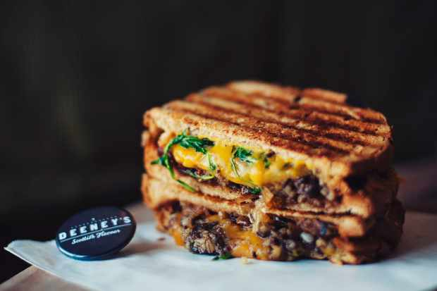 Beaverton Brewery | Deeley's - Hamish Macbeth haggis toastie