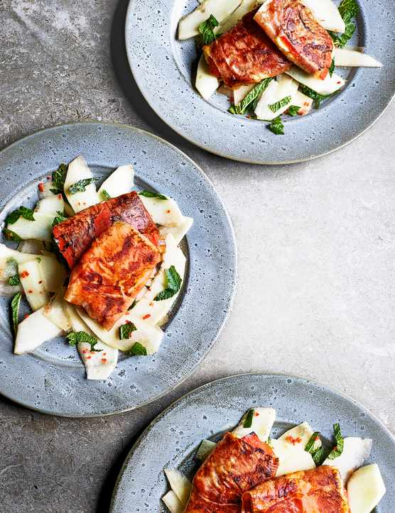 Fried Halloumi Cheese Recipe with Prosciutto and Melon served on 3 blue pale plates
