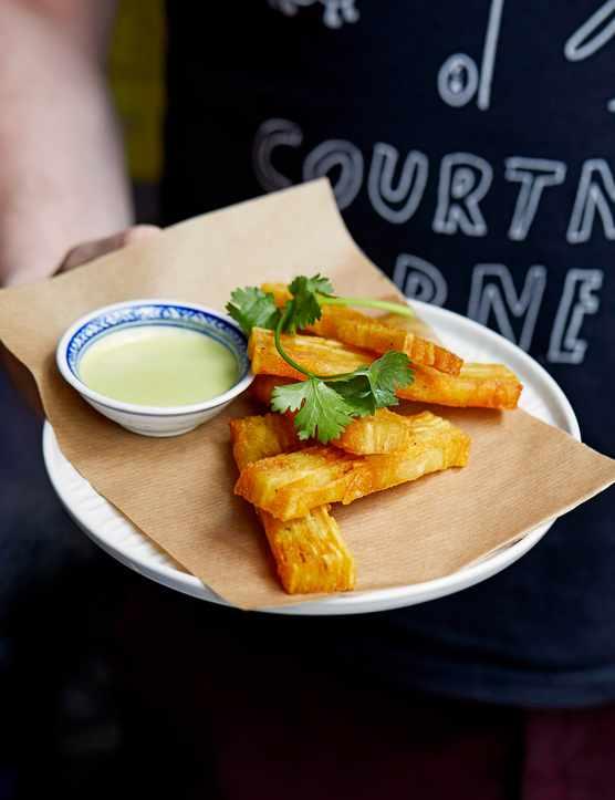 Sliced Potatoes Recipe with Jalapeño Hot Sauce