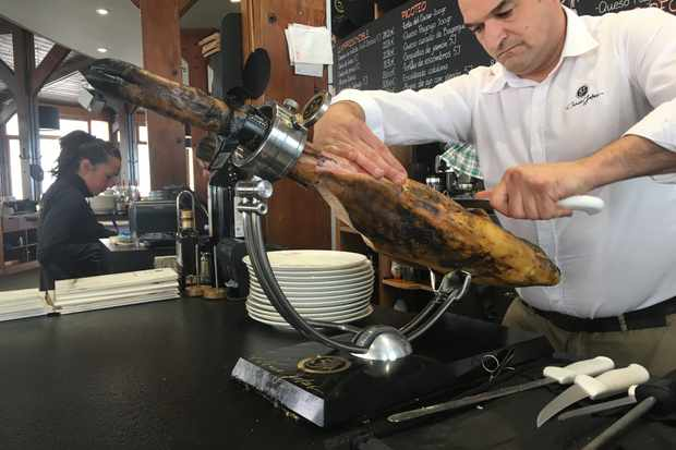 The art of slicing iberico ham
