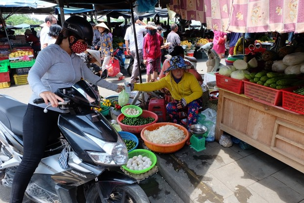Haggle to buy your fresh produce