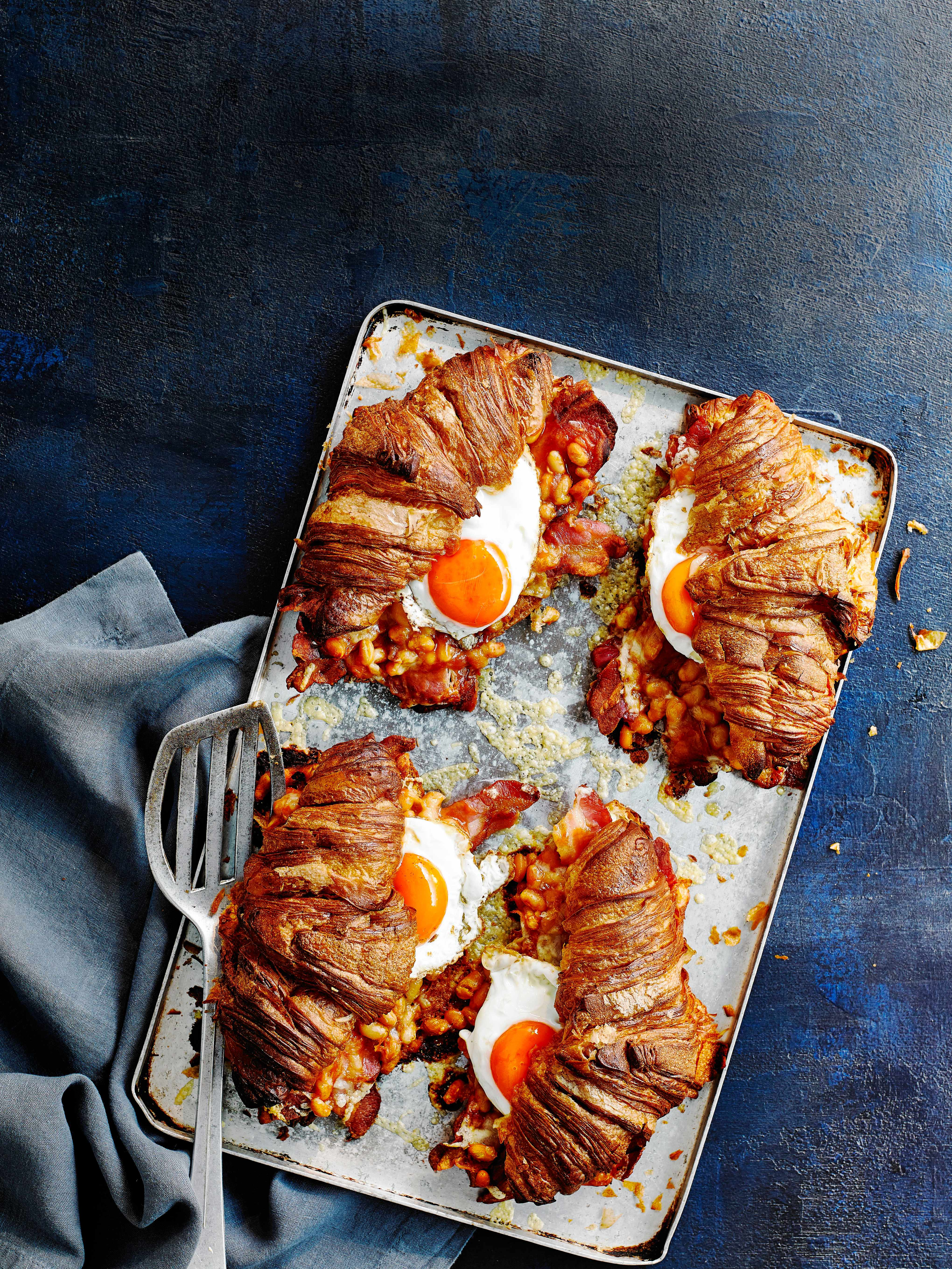 Croissant Sandwich Recipe with Bacon and Eggs
