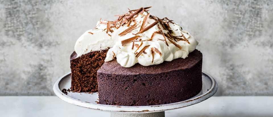 Chocolate Amaretto Almond Cake Recipe Olivemagazine