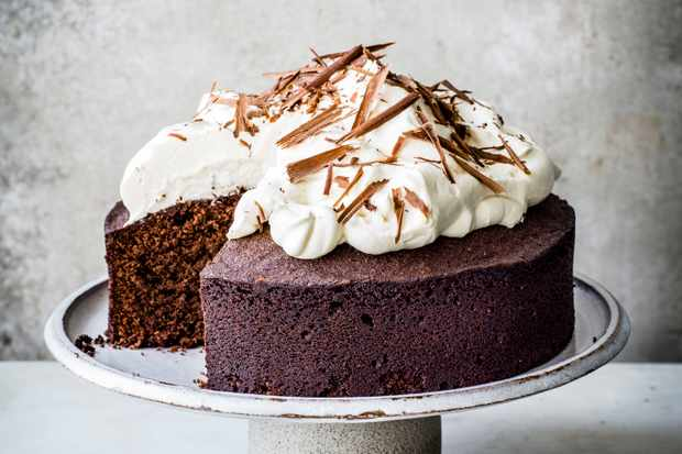 Chocolate Amaretto Almond Cake Recipe