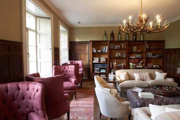 Babington House library