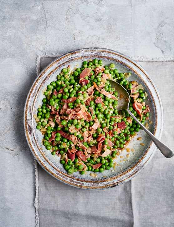Braised Peas Recipe with Jamón