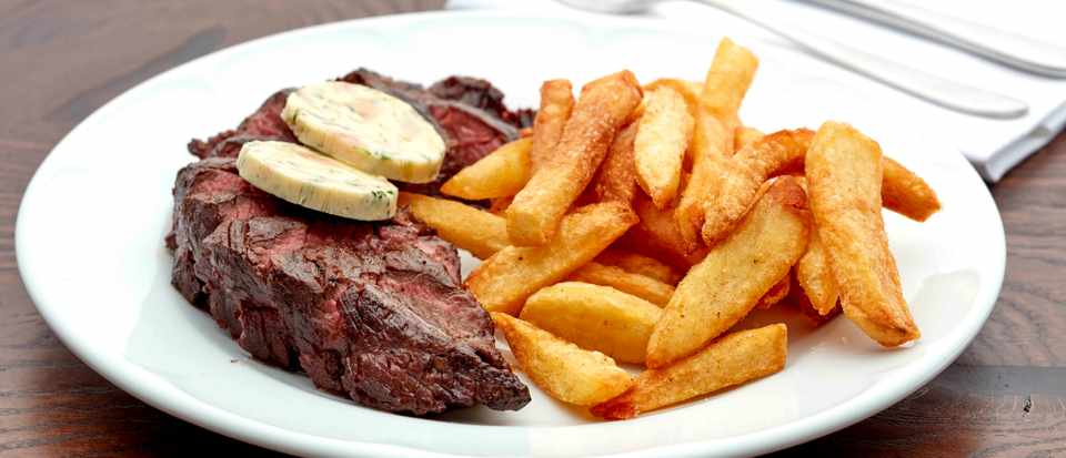 Onglet, bone marrow butter and chips at Hero of Maida