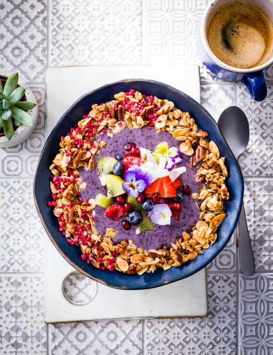 Blueberry Smoothie Bowl Recipe with Granola