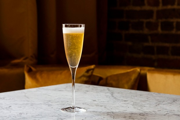 A full champagne glass