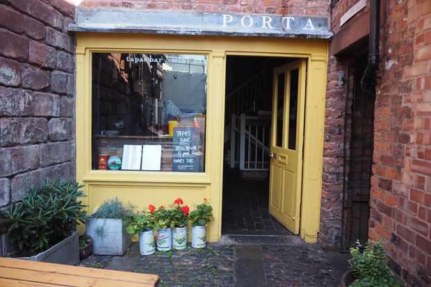Porta, Chester