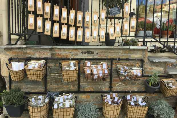 Herbs on sale at Myrro in Porteria