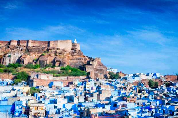 High angle cityscape of the Blue City and Mehrangarh Fort, Jodhpur, India