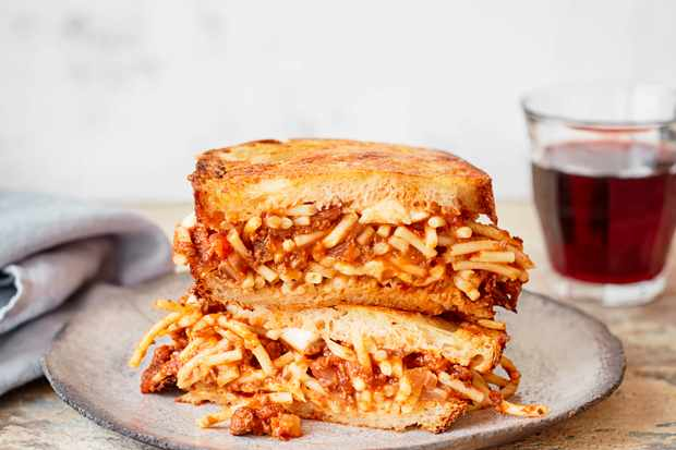 Spaghetti Sandwich Recipe with Bolognese Sauce