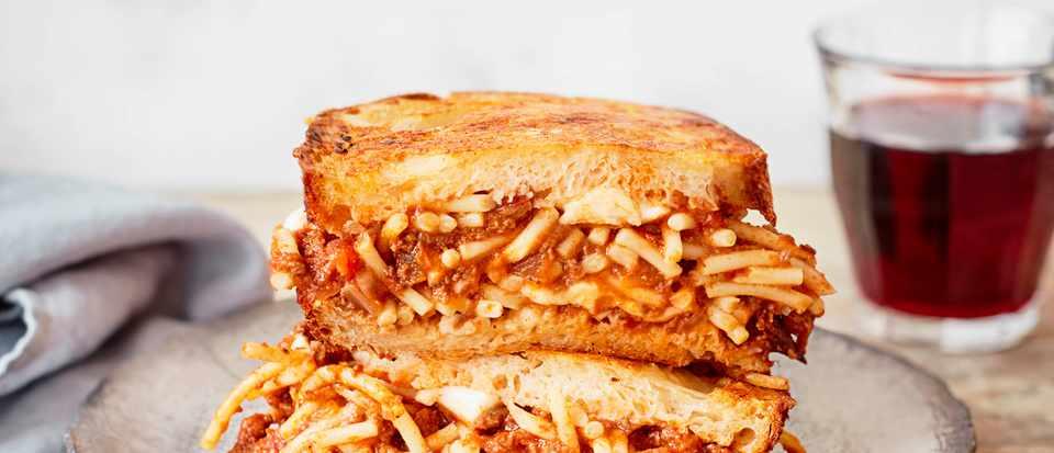 Spaghetti Sandwich Recipe with Bolognese Sauce