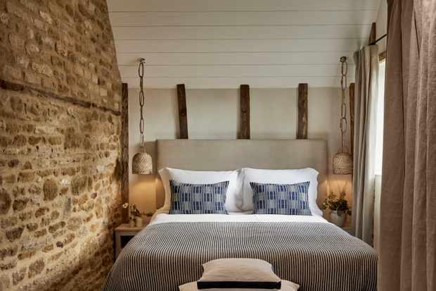 The Wild Rabbit Bunny Cottage Bedroom