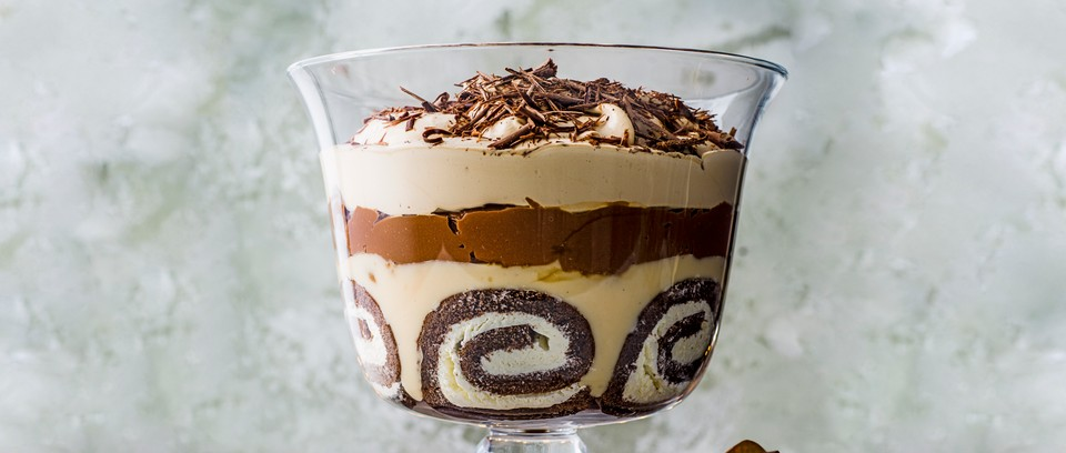 15 Best Christmas Trifle Recipes Easy Trifles Olivemagazine