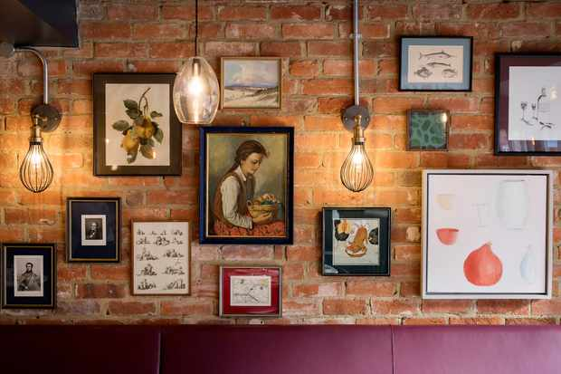 Pompette's wall art