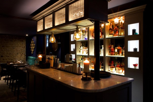 Eight In Bath bar