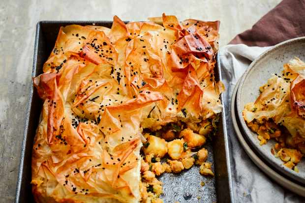 Vegetarian Potato Pie Recipe with Chickpeas
