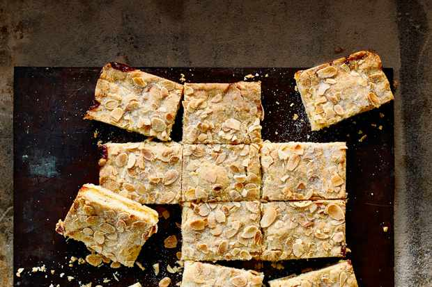 Almond Shortbread Bars with Marmalade