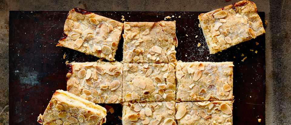 Almond Shortbread Bars with Marmalade