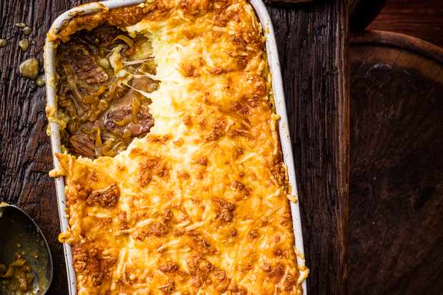 Beef Pie Recipe with Cheesy Mash
