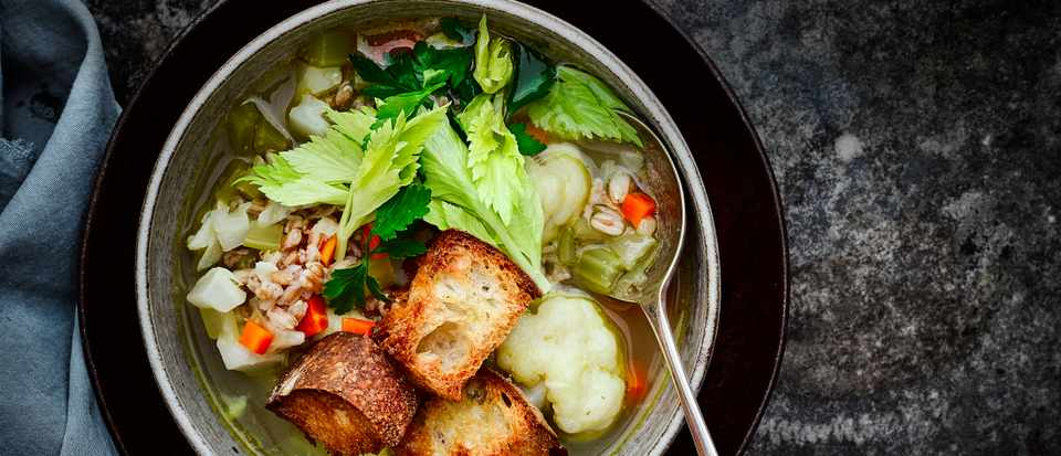 Vegetable Broth Recipe with Croutons
