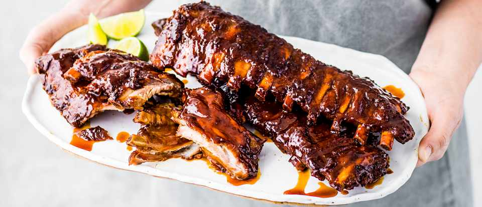 Caramelised Pork Ribs with Peanut Butter
