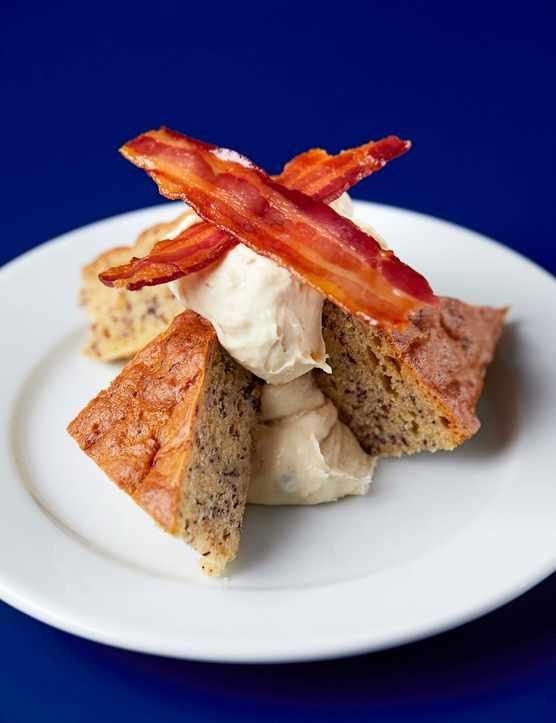 Banana and Chocolate Cake Recipe with Maple Cream