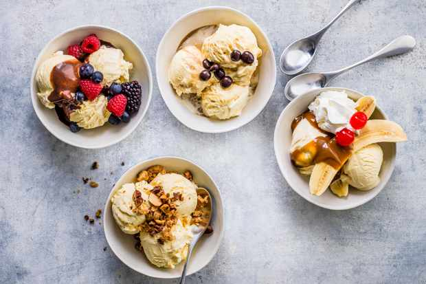 4 Quick and Easy Ice Cream Toppings