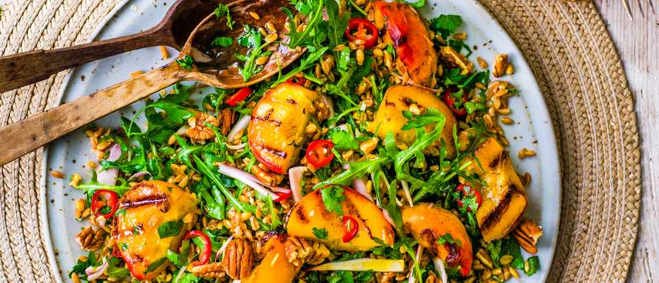 Grilled Peach Salad With Pecans and Farro