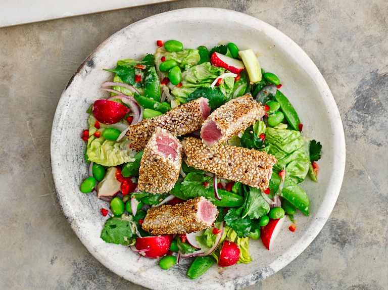 Sesame-crusted tuna with miso dressing