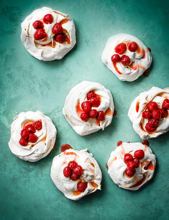 Mini Pavlova Recipe with Raspberry Syrup