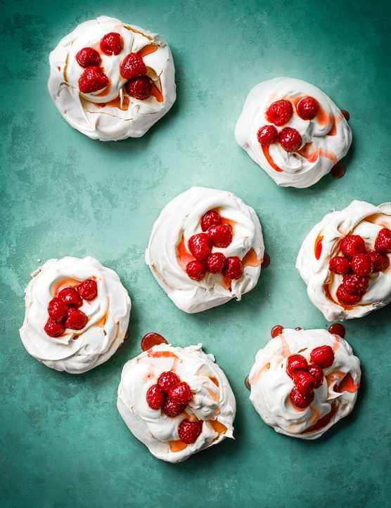 Mini Pavlova Recipe with Raspberry Syrup