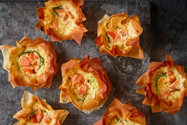 Mini Quiches Recipe with Smoked Salmon and Courgette