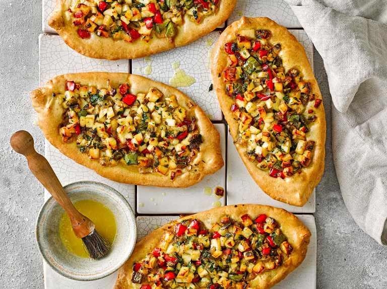 Halloumi Turkish Pide Recipe - olivemagazine
