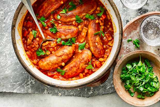 Sausage and Bean Casserole for an Easy One Pot Sausage Recipe