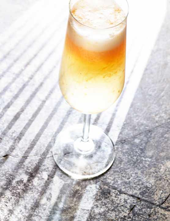 Bellini Cocktail Recipe with Apricots