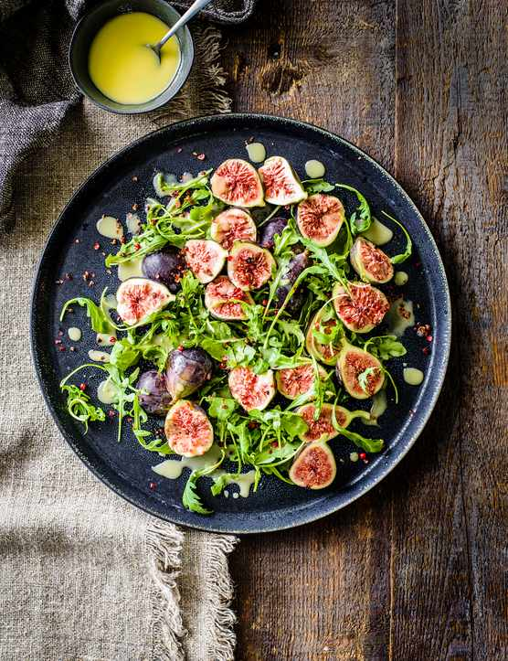 Quick Figs with Cheese Recipe and Peppercorn Dressing