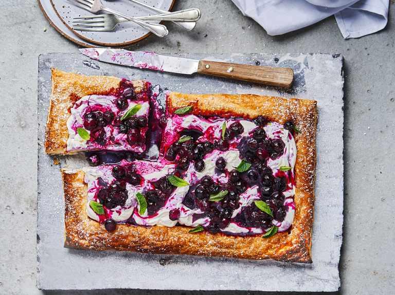 Blueberry and mascarpone slice