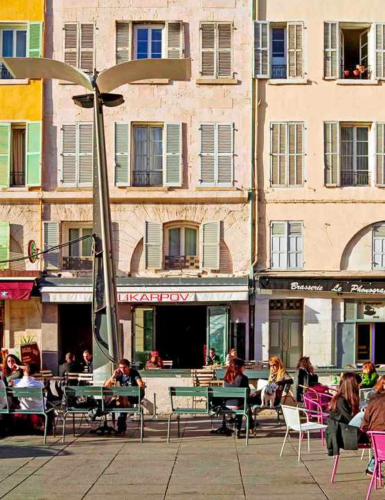 Restaurant 's terraces and coloured facades, Cours Honoré Estienne d'Orves