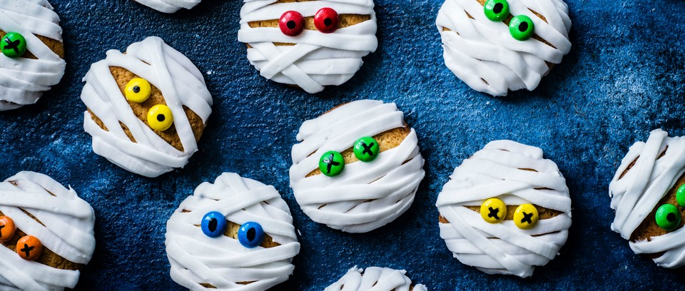 12+ Easy Halloween Cakes Biscuits Pics