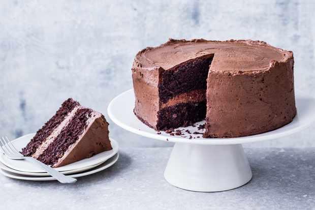 """Recette de gâteau au chocolat végétalien """"title ="""" Recette de gâteau au chocolat végétalien """"/> <body></p> <p><strong><em> Vous cherchez des idées pour cuisiner sans œufs? Vous voulez faire un gâteau sans œufs? Consultez nos gâteaux et pâtisseries faciles ci-dessous. Nous utilisons aquafaba ( eau de pois chiche) au lieu des œufs dans nos <a href="""