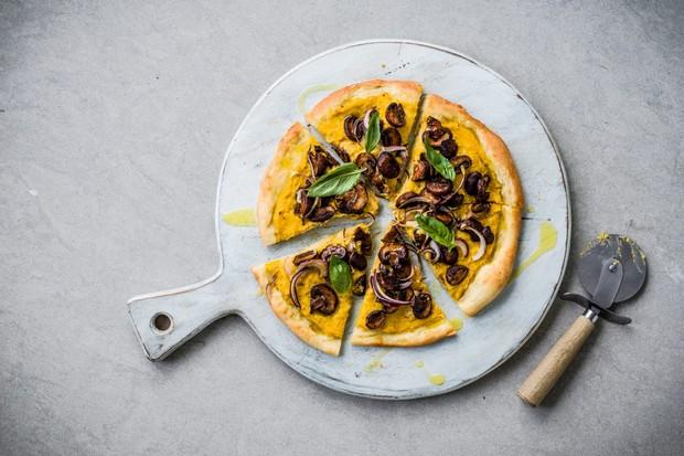 دستور پیتزا وگان برای خمیر پیتزا وگان
