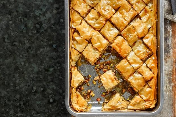 """Baklava au miel salé """"title ="""" Baklava au miel salé """"/> <body></p> <p><em> Essayez notre recette de baklava sucré et consultez notre <a href="""
