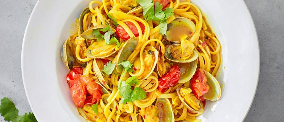 Clam linguine with turmeric and coriander