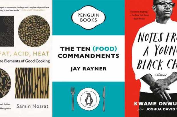 Trois couvertures de livres - Salt Fat Acid Heat, Livre Blue Penguin et Notes d'un jeune chef noir avec couverture rouge