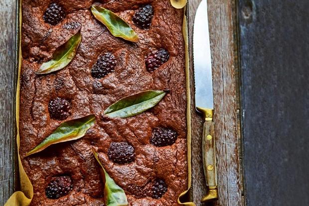 Brownies aux mûres et baies au seigle