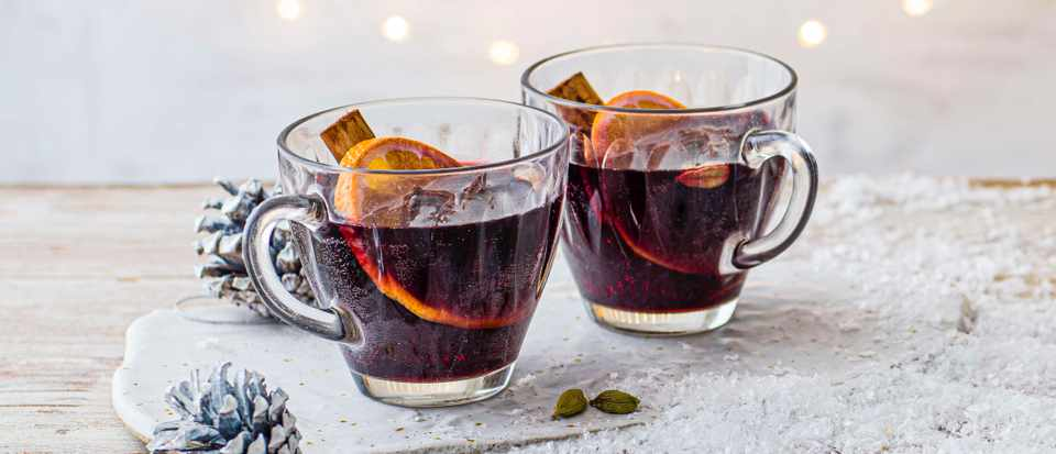 Hot spiced cherry cup